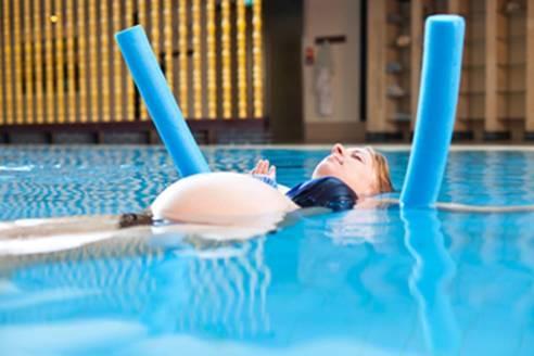 Aqua-Gymnastik für Schwangere